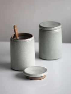 Two store jars with white and turquoise crackle glazes. © Florian Gadsby - See more at: http://theartofplating.com/news/florian-gadsby-searching-for-functionality/#sthash.SLFWKBVs.dpuf