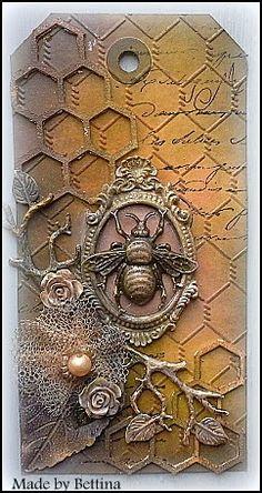 Je ziet het steeds vaker: vlinders en bijen zijn hot!  Nieuw bij Scrap-Unlimited is deze prachtige bronzen bij. Ik heb er onderstaande tag m...