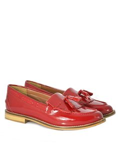 Leah Leather Loafer Product Code: CL5209 £49.99 https://www.stylistpick.com/carlton-london/shoes/leah-leather-loafer-33586