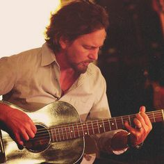 eddie vedder- gorgeous!