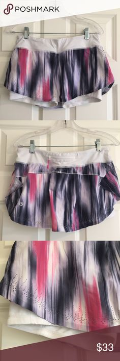 Gently used LuluLemon skirt size 6 Gently used (worn less than 5 times) LuluLemon skirt, size 6. Slim fitting skirt with silicone grip around the shorts. Zippered pocket in the back. lululemon athletica Skirts Mini