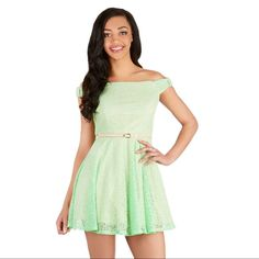 """Modcloth """"""""A Whole New Whirl"""""""" Green Lace Dress"""
