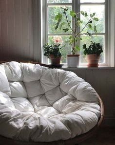 winter garden room room decor 'Winter Garden Rooms' Are the New 'She Sheds' (and They're Easy to Make Yourself) Cute Room Decor, Room Decor Bedroom, Bedroom Nook, Garden Bedroom, Bedroom Interiors, Bedroom Chair, Bedroom Inspo, Master Bedroom, Room Decor For Teen Girls