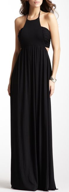 Perfect vacation maxi dress...I can wear this preggo this summer!