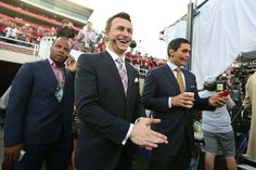 Cleveland Browns could miss out on Johnny Manziel - http://sports.yahoo.com/news/2014-cleveland-browns-nfl-mock-draft-johnny-manziel-171400252--nfl.html