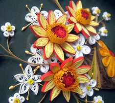 Quilling paper picture Flowers by CreartiveShop, via Flickr  I can do this! Takes so much time though