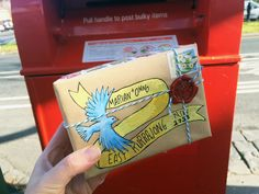 Some of my recent mail-art: Have you ever heard of mail art? I just thought it might be nice to decorate the snail mail I was sending. Decorated Envelopes, Handmade Envelopes, Mailing Envelopes, Scrapbook Paper Flowers, Fun Mail, Envelope Art, Postcard Art, Send A Card, Hand Writing