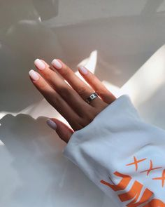 You have to take good care on your nails. People whose nails break . - , # Couleursdevernisàongles - You must take excellent care in your nails. Folks whose nails break … – , … Cute Acrylic Nails, Cute Nails, Pretty Nails, Acrylic On Natural Nails, Glitter Nails, Simple Acrylic Nail Ideas, Natural Nail Art, Milky Nails, Uñas Fashion