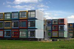 La Capanna. República de estudantes construída com container