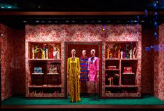 Gucci Teams With The Display Shop For Their Fantastic 2015 Holiday Window Display At Their Flagship Store On Fifth Ave In NYC - http://www.bytds.com/gucci-the-display-shop-partner-to-create-their-holiday-windows-for-the-flagship-fifth-avenue-store-in-nyc/