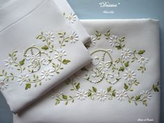 Lin de Château - Bed linensEntirely hand embroidered