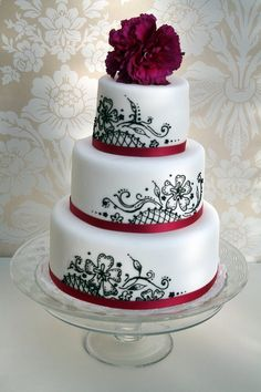 black and white swirl wedding cake by The Cake Boutique, via Flickr