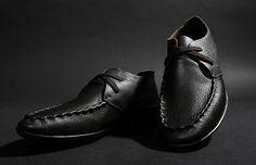 Zapatos para caballeros, de 19.18 euros http://detail.tmall.com/item.htm?spm=a2106.m896.1000384.13.0DV7Jz&id=18730439364&source=dou&_u=h10l44d6c7f5&scm=1029.newlist-0.bts1.50016853&ppath=&sku=&ug= si queria comprar, pegar el link en www.newbuybay.com para hacer pedidos