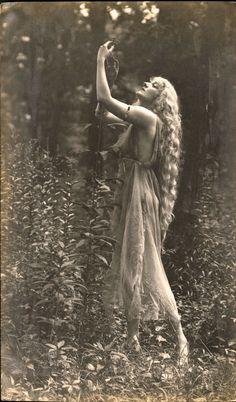 Gertrude Hoffman, by Frank Bangs, c.1917
