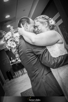 #weddingday #bride #groom #flowers #bouquet #formalphotos #love #blackandwhitephotography #photography #bdeliaphotography #briandeliaphotography
