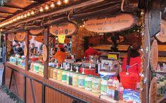 Frankfurt Christmas Market fritten or french fries food in Germany #ThePurplePassport #festivals #carnivals
