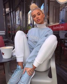 Mode outfits - - Women's Handbags - Handbags That Chill Outfits, Swag Outfits, Mode Outfits, Casual Outfits, Hipster Outfits, Pretty Outfits, Cochella Outfits, Fall Winter Outfits, Summer Outfits