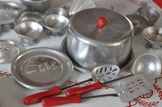 Toy tin Cookware