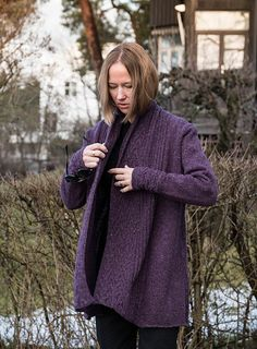 Long open front cardigan. Sweater coat knitting pattern. Dash Falls by Linda Marveng knit in The Fibre Co. Arranmore Light - Corcoran colour way