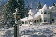 Winter Wonderland at A Little Dream Bed and Breakfast Camden Maine Beautiful Homes, Beautiful Places, Amazing Places, Camden Maine, Dreams Beds, Beautiful Christmas, White Christmas, Christmas Time, Christmas Scenery