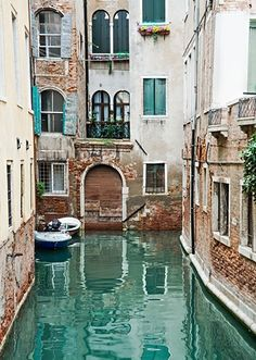 Turquoise Canals in Venice Italy. Is this even real?