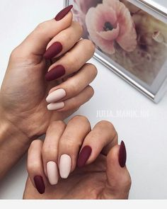 Want some ideas for wedding nail polish designs? This article is a collection of our favorite nail polish designs for your special day. Aycrlic Nails, Matte Nails, Swag Nails, Grunge Nails, Coffin Nails, Best Acrylic Nails, Acrylic Nail Designs, Stylish Nails, Trendy Nails