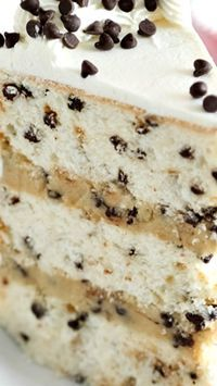Chocolate Chip Cookies and Milk Cake Recipe