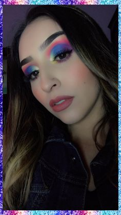 Tutorila en mi canal suscribete para mas maquillajes 🌈🌈🌈💖💖💖 La Colors, Colorful Makeup, Blue Nails