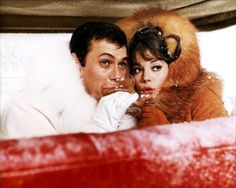Classic Movies Photo: Tony Curtis & Natalie Wood - The Great Race - 1965 Tony Curtis, Natalie Wood, Inside The Actors Studio, Blake Edwards, The Great Race, Actor Studio, Old Movie Stars, Boy Meets Girl, Movie Photo