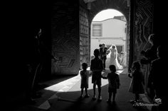 Fotógrafos de bodas en España. / Wedding Photographer. www.arteextremeño.es - #wedding #weddingdress #pronovias #weddingbrides #weddingspain #Extremadura #Spain #bodas #wedding #photography #fotografía #arteextremeño #epicwedding #boda #preboda #Badajoz #Mérida #weddings #weddingday #weddingspain #hallazgosemanal #fotografodebodas #fotografodecasamento #fotografoboda #fotografobodabadajoz #fotosdepareja #lovesession #couple #floricolor