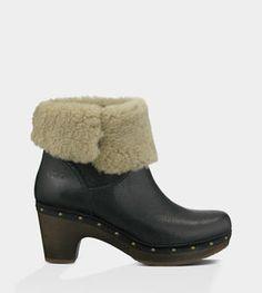 Do I like these UGG Clog boots??