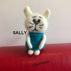 Sally the Needle Felted Little Cat. Felted cat. Comical Cat. | Etsy Needle Felted Cat, Needle Felted Animals, Felt Animals, Cat Lover Gifts, Cat Lovers, Felt Gifts, Needle Felting Tutorials, Unusual Animals, Quirky Gifts