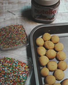 After Baking Lancashire biscuits  it was really funny time to play with nutella chocolate & colored chocolate  Our eid after 14 days inshallah we are preparing for it  بعد ما عملت بسكوت الانكشاير قضيت وقت لطيف وانا بحشى البسكوت بالنوتيلا و الشكولاته الملونه.. العيد فاضل عليه حوالى 14 يوم بنحضر الوصفات و بنجربها لحد ما نوصل لافضل وصفه نطبقها للعيد :) #nutella #Chocolate #Food #Foods #Foodie #Foodies #Foodblogger #FoodPhotographer#FoodPhotography #FoodStylist #Foodstagram #FoodGram #FoodGasm…