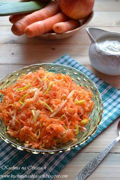 Salad with carrots, leek and apple - Surówka z marchewki, pora i jabłka