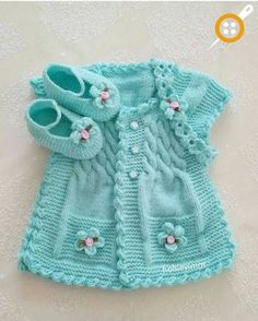 Discover thousands of images about Hermoso chaleco de bebe color turqueza con botines y cintillo.lace baby jacket knit with crochet accents from asian magazine found in russian site httpwwwliveinternetruusersbaby charts included - PIPicStatsThis Pin Knitting For Kids, Crochet For Kids, Baby Knitting Patterns, Baby Patterns, Crochet Baby, Knitting Ideas, Crochet Summer, Baby Girl Vest, Baby Girl Jackets