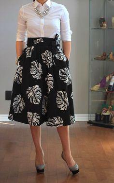 zara: midi flare skirt - so Carolina Herrera!