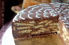 Gâteau au chocolat sans cuisson (Biscuits et Ganache) - The Best Anti İnflammatory Recipes Dessert Sans Four, No Bake Desserts, Dessert Recipes, Cakes Without Butter, Fridge Cake, Food Wallpaper, Anti Inflammatory Recipes, Vegetable Drinks, Fermented Foods