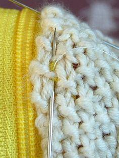 How to Hand-Sew a Zipper on crochet