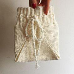 #freepattern by @dropsdesign #dropsfan #dropsyarn #dropsbabymerino #knitforkids #babyknit #knit #knitting #knitlove #knittingaddict #knittersofinstagram  #knitstagram #instaknit #polishknitters #nadrutach #rękodzieło