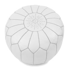 pouf marocain en cuir blanc broderie blanche