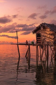Sunrise in Borneo, Sabah, Malaysia, clouds, water, house, culture, reflection, beautiful, beauty, stunning, decay, photograph, photo