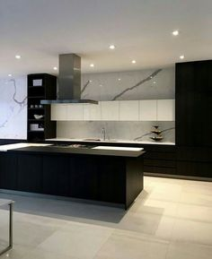 How To Incorporate Contemporary Style Kitchen Designs In Your Home Black Kitchens, Luxury Kitchens, Cool Kitchens, Beautiful Kitchens, Modern Kitchen Design, Interior Design Kitchen, Modern Interior Design, Asian Interior, Interior Office