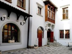 Prague Old Town Residence Czech Republic, Europe The 4-star Old Town Residence offers comfort and convenience whether you're on business or holiday in Prague. The hotel offers a wide range of amenities and perks to ensure you have a great time. Free Wi-Fi in all rooms, 24-hour front desk, luggage storage, Wi-Fi in public areas, airport transfer are just some of the facilities on offer. Television LCD/plasma screen, internet access – wireless, heating, desk, satellite/cable TV ...
