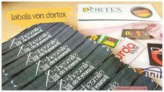Juhu! Vor ein paar Tagen sind meinen neuen Labels eingetroffen. Mal wieder hab ich bei DORTEX bestellt. Und weil ich erneut rundum zufrieden war will ich euch die Firma mal etwas näher vorstellen :)  DORTEX produziert hochwertige personalisierte Textiletiketten, Lederetiketten, individuelles Geschenkband und frei gestaltbare Dekobänder aus unterschiedlichen Materialien.