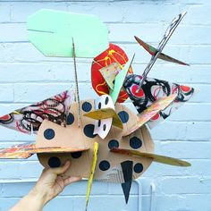 Make GIANT Recycled Cardboard Sculptures Awesome open-ended art and building craft project for kids. Abstract Art For Kids, Contemporary Abstract Art, Cardboard Sculpture, Cardboard Art, Recycled Art Projects, Craft Projects For Kids, Art Inspo, Recycling For Kids, Sculpture Projects