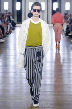 Cerruti 1881 Spring 2018 Menswear Fashion Show Collection