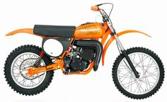 Yes, Harley made a real motocross bike back in It was remarkable for many reasons. Harley Dirt Bike, Motorcycle Dirt Bike, Motocross Bikes, Vintage Motocross, Racing Motorcycles, Amf Harley, Dirt Biking, Vintage Bikes, Vintage Motorcycles