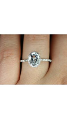 Engagement ring. Obsessed with oval diamonds!!!