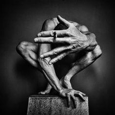 Photo by Jörg Heidenberger Body Photography, Artistic Photography, Creative Photography, Portrait Photography, Fine Art Photography, Figure Photography, Photography Ideas, Afrique Art, Inspiration Tattoos
