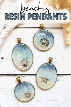 DIY Seashore Resin Jewelry - Resin Crafts - Make a beachy resin pendant and carry a little bit of summer with you all through the year. This post shows you how to make this simple seashore resin jewelry idea with DIY step-by-step tutorial. Diy Jewelry Unique, Diy Jewelry To Sell, Resin Jewelry Making, Diy Jewelry Tutorials, Dainty Jewelry, Jewelry Crafts, Beaded Jewelry, Handmade Jewelry, Fine Jewelry